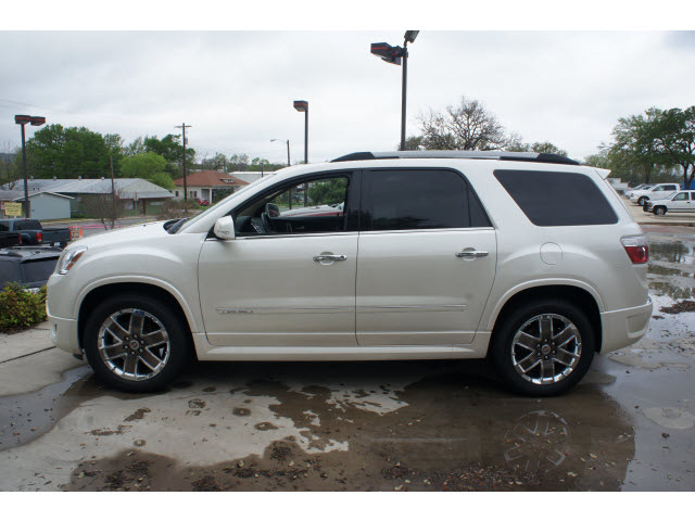 gmc acadia 2012 white suv denali gasoline 6 cylinders front wheel drive automatic 78028 gmc. Black Bedroom Furniture Sets. Home Design Ideas