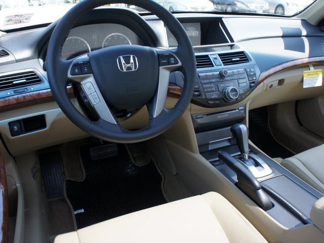 honda accord 2012 white sedan ex l v6 w navi gasoline 6 cylinders ...
