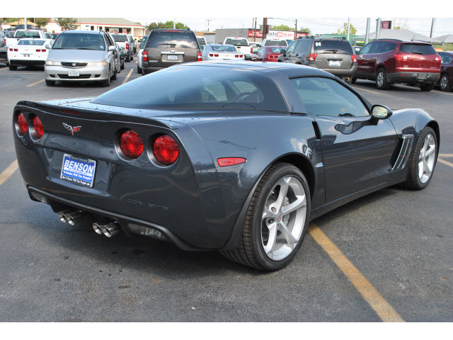 2013 gray coupe z16 grand sport gasoline 8 cylinders rear wheel drive