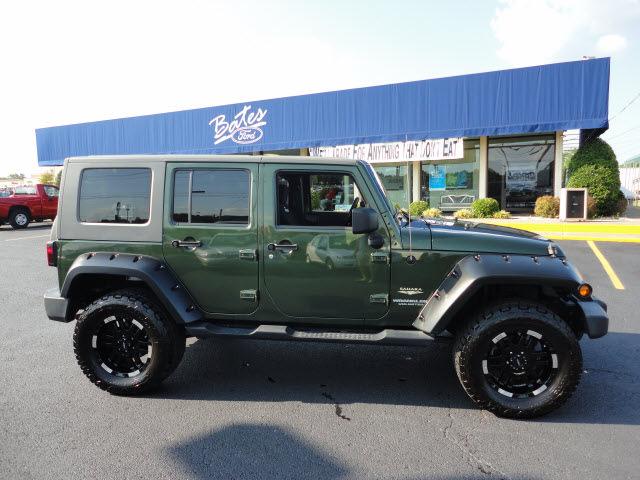 jeep wrangler unlimited 2007 green suv sahara gasoline 6. Black Bedroom Furniture Sets. Home Design Ideas