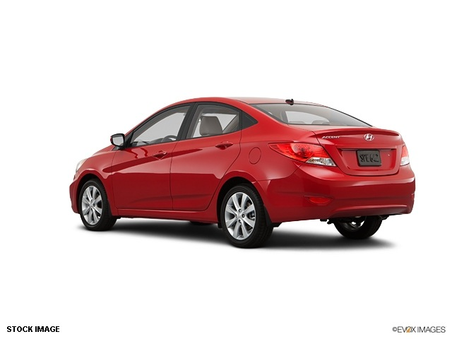 hyundai accent 2013 sedan gls gasoline 4 cylinders front wheel drive 6 speed automatic 47130. Black Bedroom Furniture Sets. Home Design Ideas