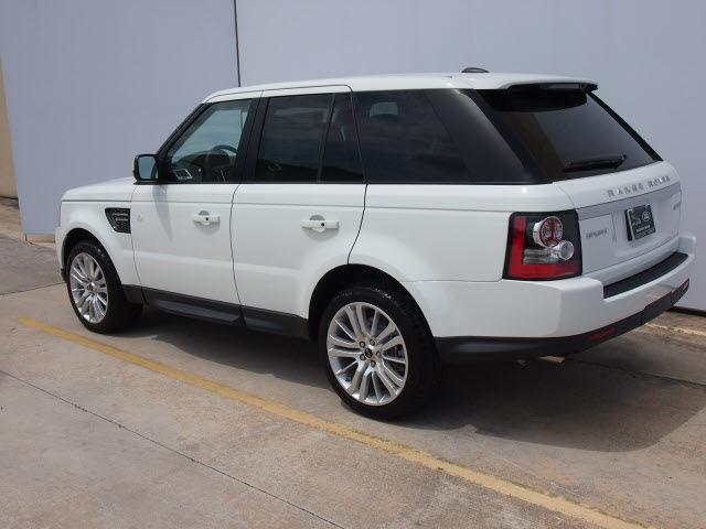 range rover range rover sport 2013 white suv hse gasoline. Black Bedroom Furniture Sets. Home Design Ideas