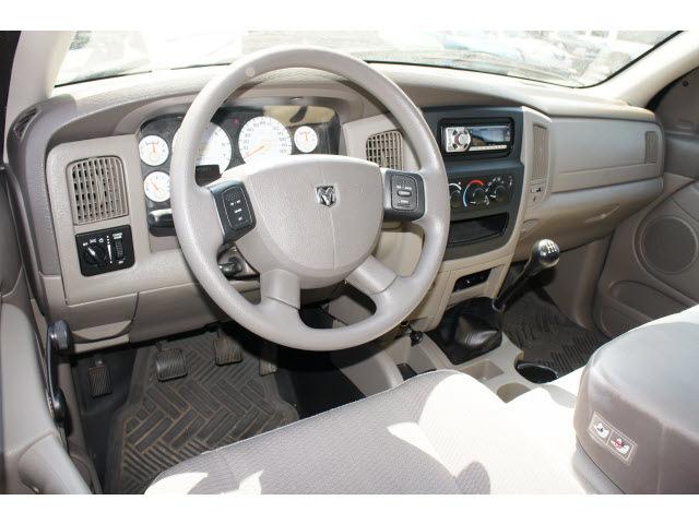 dodge ram 1500 2004 green pickup truck gasoline 8 cylinders rear rh photoofcar com 2004 dodge ram 1500 manual pdf 2004 dodge ram 1500 manual window regulator