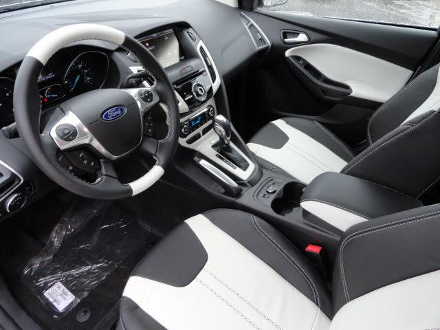 2013 white sedan titanium flex fuel 4 cylinders front wheel drive