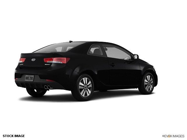 kia forte koup 2013 black coupe ex gasoline 4 cylinders front wheel drive 6 speed automatic. Black Bedroom Furniture Sets. Home Design Ideas