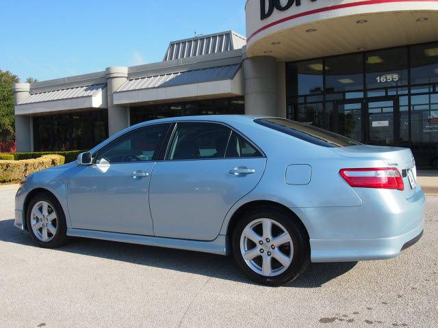 toyota camry 2009 light blue sedan se gasoline 4 cylinders front wheel drive. Black Bedroom Furniture Sets. Home Design Ideas