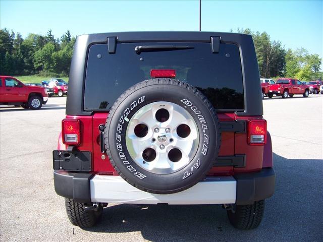 jeep wrangler unlimited 2013 red suv sahara gasoline 6. Black Bedroom Furniture Sets. Home Design Ideas
