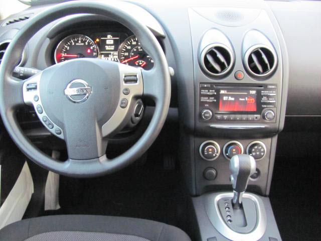 nissan rogue 2013 black amethyst sv gasoline 4 cylinders front wheel drive automatic 33884. Black Bedroom Furniture Sets. Home Design Ideas