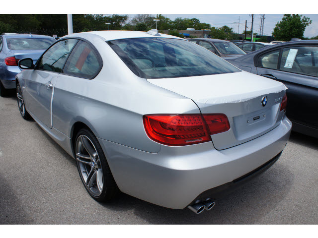 Bmw I Silver Coupe Gasoline Cylinders Rear Wheel Drive - 2013 bmw 328i coupe