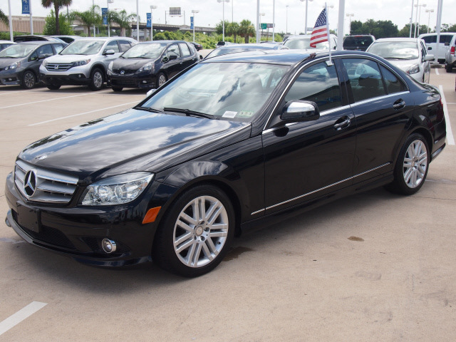 Mercedes benz c class 2009 black sedan c300 4matic luxury for Mercedes benz 2009 c300