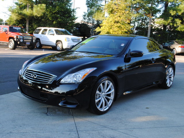 Infiniti g37 convertible 2009 black sport gasoline 6 cylinders infiniti g37 convertible 2009 black sport gasoline 6 cylinders rear wheel drive automatic 27616 sciox Images