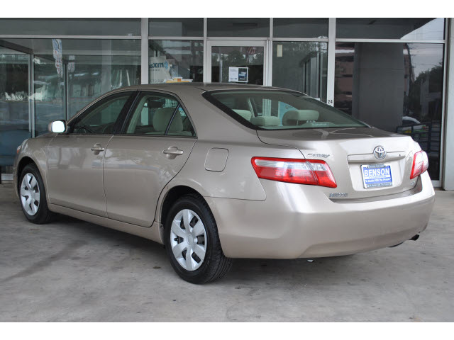Toyota Camry 2009 Tan Sedan Le 4 Cylinders Automatic 78216