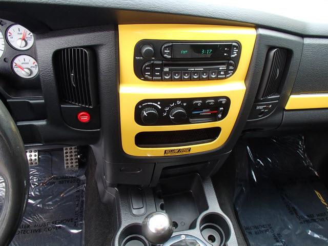 dodge ram pickup 1500 srt 10 2005 yellow pickup truck 2wd gasoline rh photoofcar com 2005 dodge ram 1500 manual transmission swap 2005 dodge ram 1500 manual download