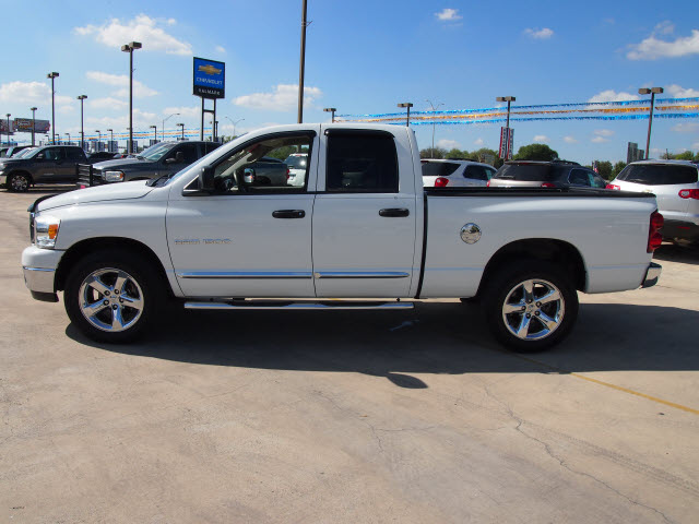 dodge ram 1500 2007 white pickup truck st flex fuel 8 cylinders rear wheel drive automatic 78130 - White Dodge Ram Truck