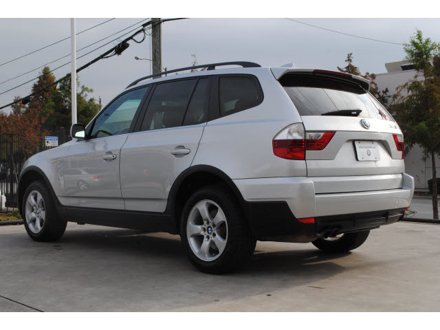 bmw x3 2008 silver suv 3 0si gasoline 6 cylinders all whee drive automatic 77002 bmw x3 2008. Black Bedroom Furniture Sets. Home Design Ideas