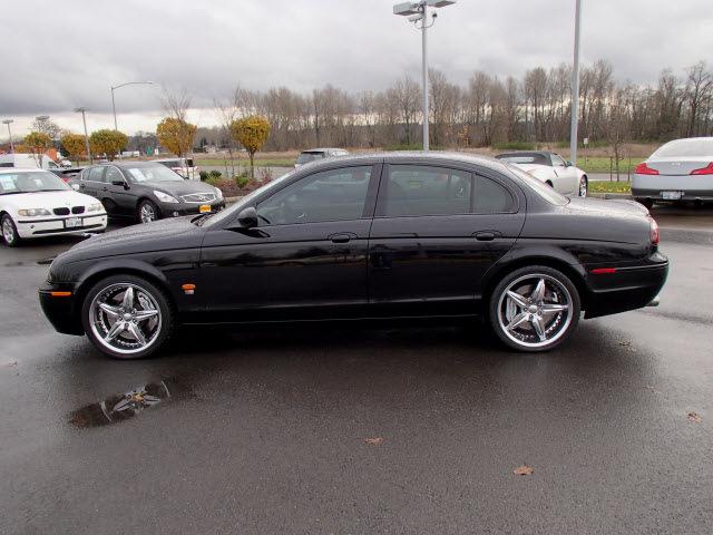 Jaguar S Type R 2005 Black Sedan Gasoline 8 Cylinders Rear Wheel Drive Automatic 98371 171 Jaguar S