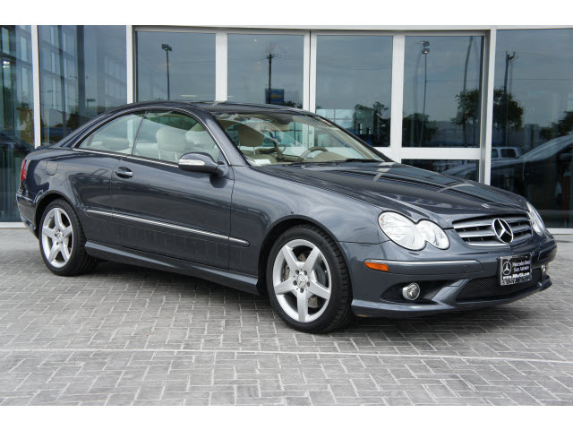 mercedes benz clk class 2009 dk gray coupe clk350 gasoline 6 cylinders rear wheel drive. Black Bedroom Furniture Sets. Home Design Ideas