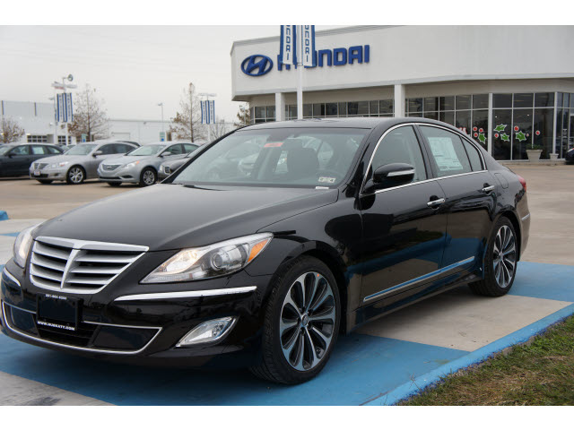 hyundai genesis 2013 black sedan 5 0l r spec gasoline 8. Black Bedroom Furniture Sets. Home Design Ideas