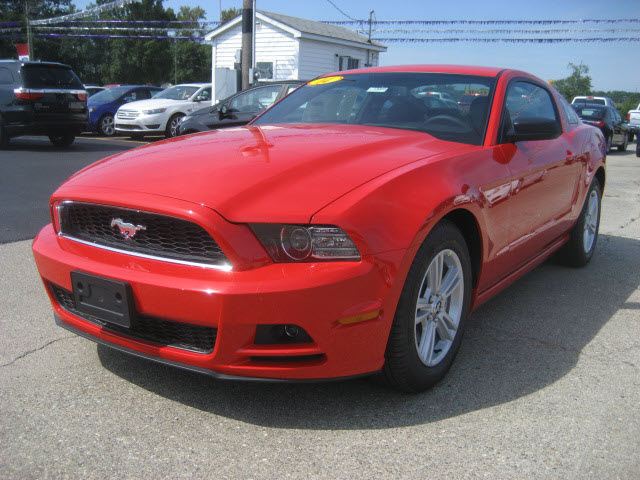 ford mustang 2014 red coupe v6 gasoline 6 cylinders rear wheel drive 6 speed automatic 62863. Black Bedroom Furniture Sets. Home Design Ideas