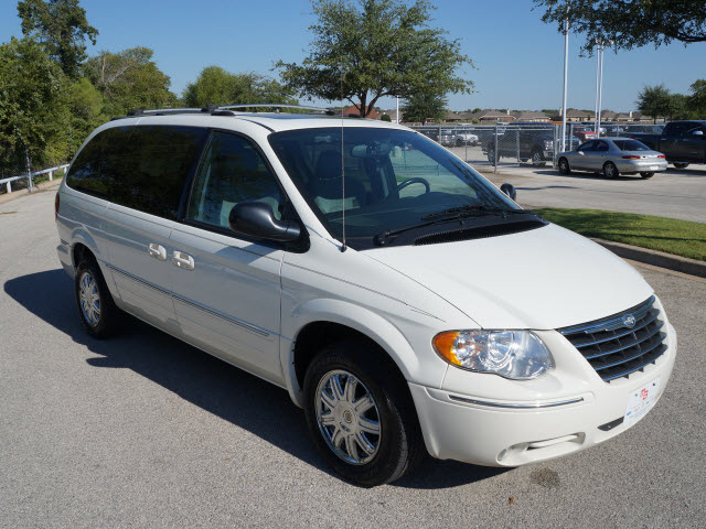 chrysler town country 2005 white van limited gasoline 6 ...