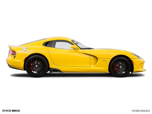 srt viper 2014 coupe gts gasoline 10 cylinders rear wheel drive rh photoofcar com rear wheel drive manual transmission cars cheap rear wheel drive manual cars