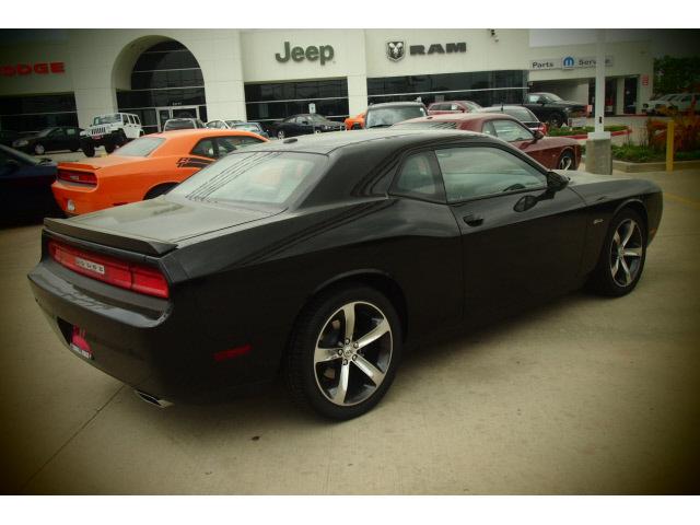 dodge challenger 2014 black coupe rt gasoline 8 cylinders
