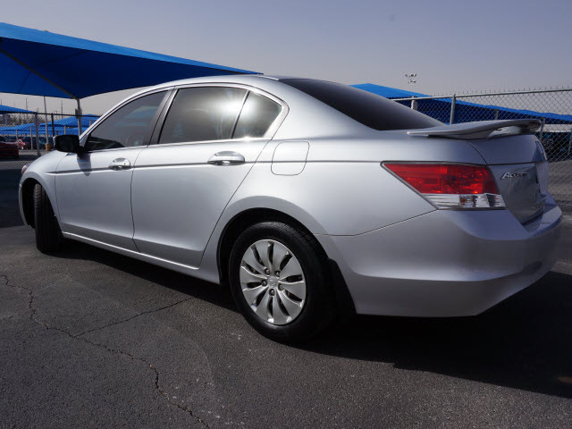 honda accord 2010 silver sedan lx gasoline 4 cylinders front wheel drive automatic 76234 honda. Black Bedroom Furniture Sets. Home Design Ideas