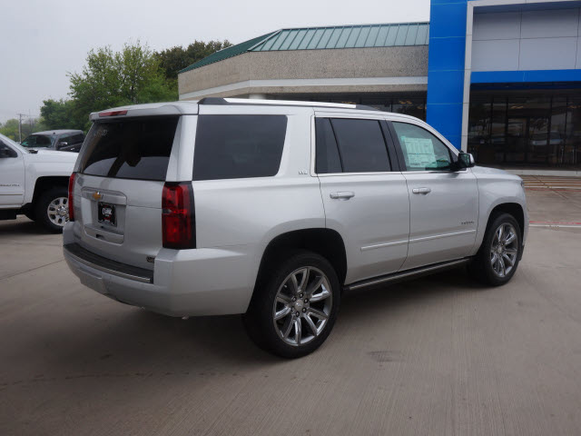 Chevrolet Tahoe 2015 Silver Suv Ltz 8 Cylinders Automatic