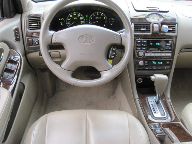2000 infiniti i30 red 200 interior and exterior images. Black Bedroom Furniture Sets. Home Design Ideas