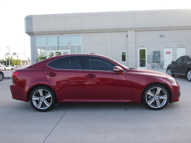 lexus is 250 2011 matador red mica sedan is 6 cylinders. Black Bedroom Furniture Sets. Home Design Ideas